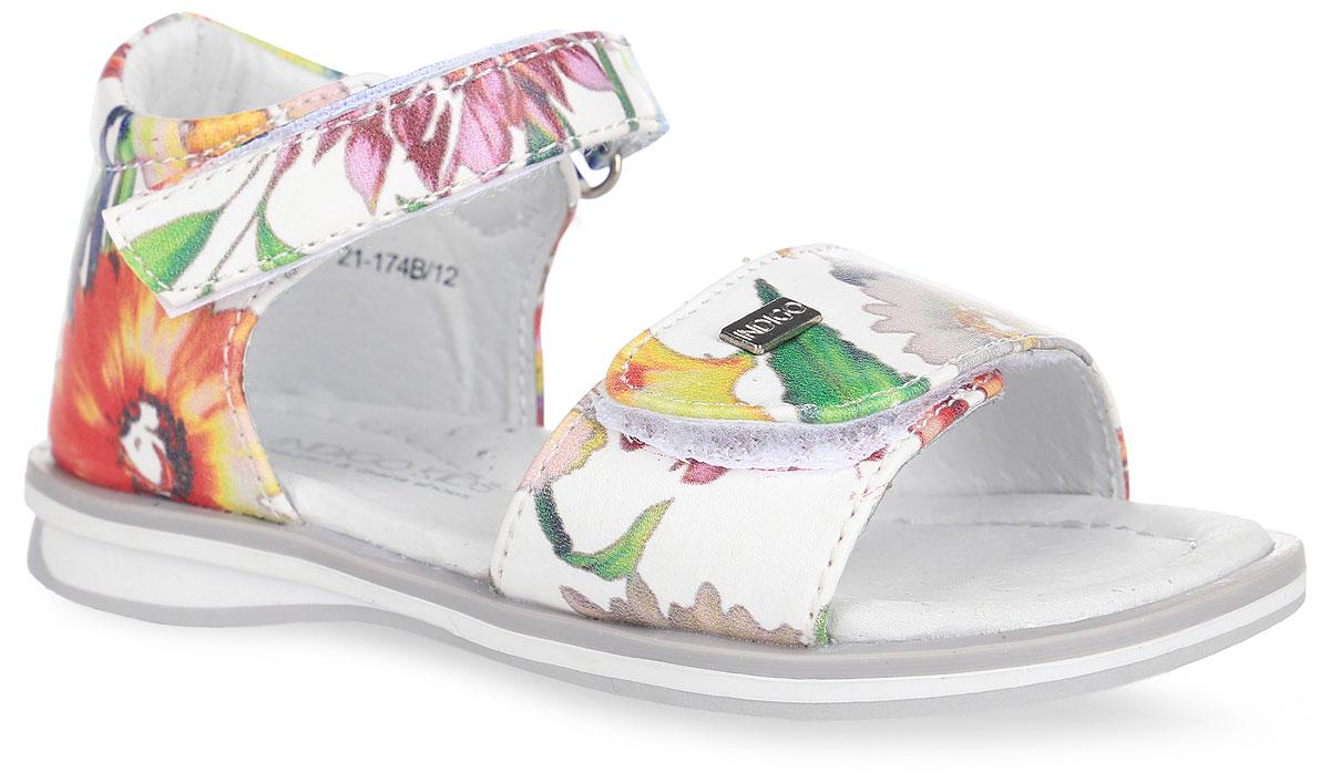 Сандалии для девочки. 21-174B/1221-174B/12Прелестные сандалии от Indigo Kids придутся по душе вашей девочке и идеально подойдут для повседневной носки в летнюю погоду! Верх модели, выполненный из искусственной кожи, оформлен цветочным принтом. Переднем ремешок дополнен металлическим элементом с названием бренда. Ремешки с застежками-липучками обеспечивают надежную фиксацию модели на ноге. Внутренняя поверхность и стелька из натуральной кожи комфортны при ходьбе. Стелька оснащена супинатором, который обеспечивает правильное положение стопы ребенка при ходьбе и предотвращает плоскостопие. Подошва с рифлением гарантирует отличное сцепление с любой поверхностью. Стильные сандалии - незаменимая вещь в гардеробе каждой девочки!