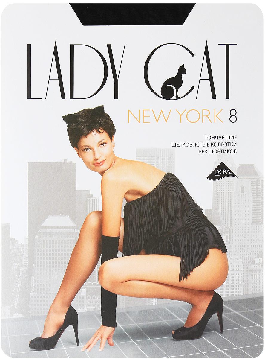 Колготки женские New York 8New York 8Элегантные шелковистые колготки Lady Cat New York 8 изготовленные из эластичного полиамида с добавлением хлопка, идеально дополнят ваш образ и подчеркнут элегантность и стиль. Тонкие шелковистые колготки без шортиков легко тянутся, что делает их комфортными в носке. Гладкие и мягкие на ощупь, они имеют комфортный широкий пояс и укрепленный прозрачный мысок. Хлопковая ластовица и плоские швы обеспечивают дополнительный комфорт. Идеальное облегание и комфорт гарантированы при каждом движении. Плотность: 8 den.