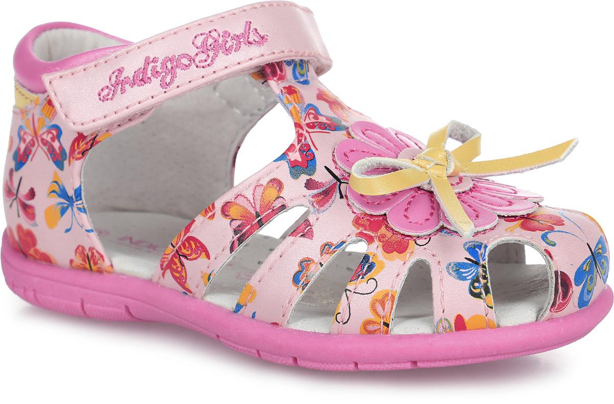 20-209A/12Прелестные сандалии от Indigo Kids придутся по душе вашей девочке и идеально подойдут для повседневной носки в летнюю погоду! Модель, выполненная из искусственной кожи, оформлена принтом в виде бабочек, на мысе - бантиком и нашивкой в виде цветка. Ремешок с застежкой- липучкой, оформленный вышитым названием бренда, обеспечивает надежную фиксацию модели на ноге. Внутренняя поверхность и стелька из натуральной кожи комфортны при ходьбе. Стелька оснащена супинатором, который обеспечивает правильное положение стопы ребенка при ходьбе и предотвращает плоскостопие. Подошва с рифлением гарантирует отличное сцепление с любой поверхностью. Стильные сандалии - незаменимая вещь в гардеробе каждой девочки!