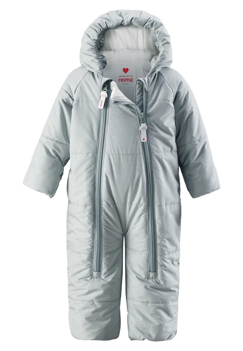 Комбинезон утепленный510241-5000Водонепроницаемый зимний комбинезон для самых маленьких согреет во время прогулок в коляске. Этот зимний комбинезон-трансформер — лучшая одежда для дневного сна на свежем воздухе даже в холодные зимние деньки. Подкладка комбинезона сделана из гладкой, мягкой, трикотажной ткани. Комбинезон застегивается на молнию по всей длине, что облегчает одевание малыша. Ветронепроницаемый материал, отталкивающий воду и грязь, гарантирует новорожденным комфортные прогулки. Благодаря подгибающимся рукавчикам, вашему малышу не понадобятся отдельные варежки для защиты крошечных ручек.