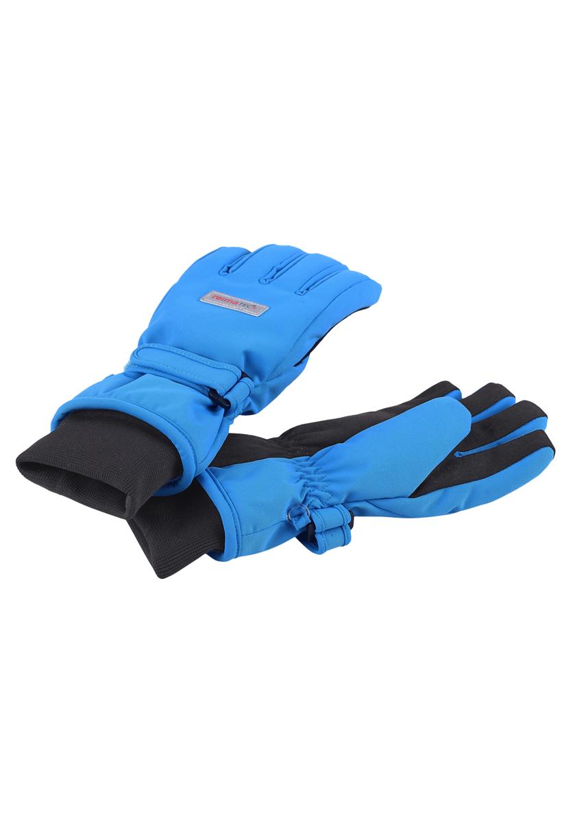 Перчатки детские. 527251527251-4620Детские перчатки Reimatec+ станут идеальным вариантом для холодной зимней погоды. На подкладке используется высококачественный полиэстер, который хорошо удерживает тепло. Для большего удобства на запястьях перчатки дополнены хлястиками на липучках с внешней стороны, а на ладошках, кончиках пальцев и с внутренней стороны большого пальца - усиленными вставками Hipora. Манжеты по краю регулируются эластичными кулисками со стопперами. С внешней стороны перчатки оформлены нашивками с логотипом бренда. Идеально при температурах от 0°С до -20°С. Перчатки станут идеальным вариантом для прохладной погоды, в них ребенку будет тепло и комфортно.