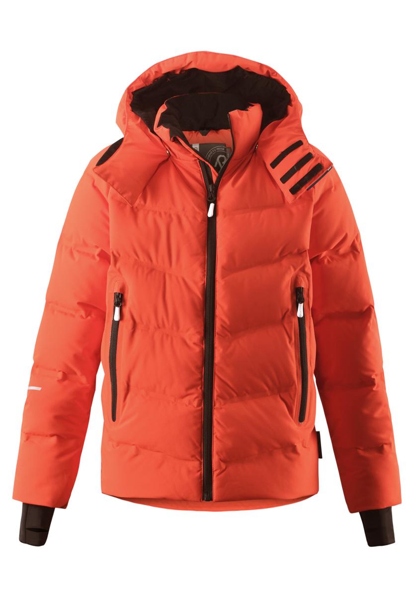 Куртка531245-3710Пуховик – новый хит лыжного сезона! Этот детский супер стильный пуховик снабжен множеством функциональных деталей. Он изготовлен из водо- и ветронепроницаемого, дышащего и эластичного материала Reimatec – теперь пух тоже не промокает! Подол куртки Reimatec+ регулируется, а снежная юбка на талии и защитная мембрана на манжетах станут непреодолимым барьером на пути холода. Пуховик разработан специально для лыжников и любителей других зимних видов спорта, он оснащен специальным карманом для защитных очков, внутренним нагрудным карманом и петельками для проводов от наушников. Прямой крой. Waterpillar over 5000 mm.