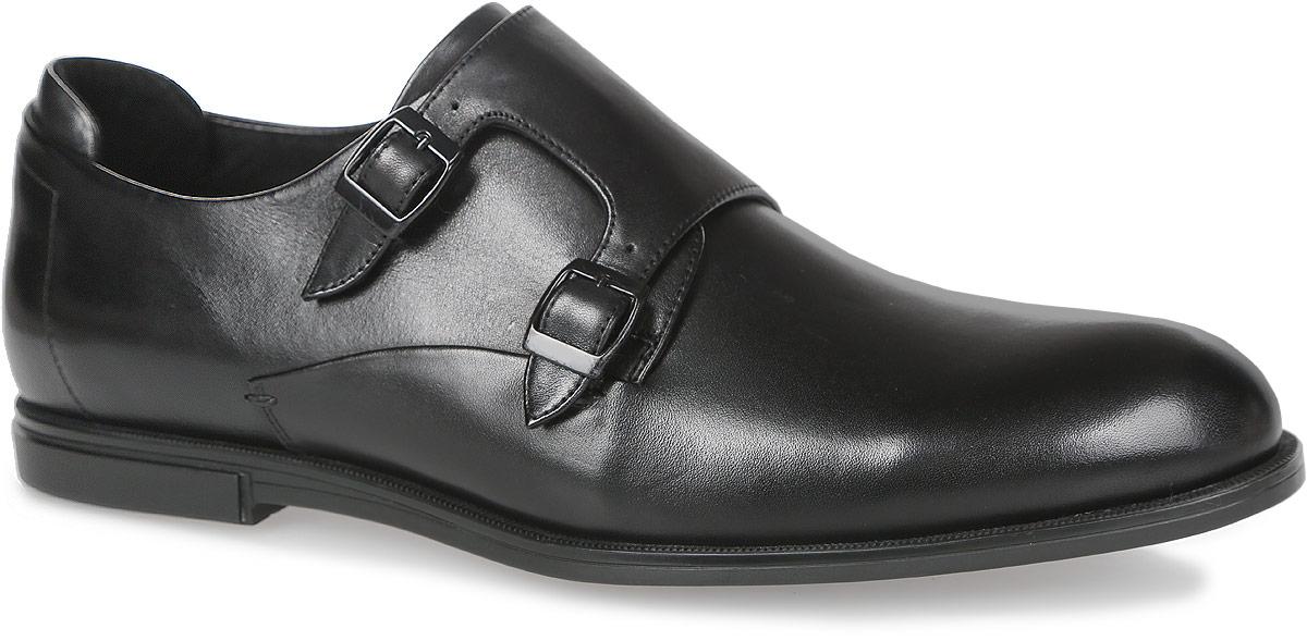Туфли мужские. M25151M25151Стильные мужские туфли от Vitacci придутся вам по душе. Модель изготовлена из натуральной кожи. Подъем дополнен широким ремешком с металлическими пряжками, который надежно зафиксирует обувь на вашей ноге. Внутренняя поверхность из натуральной кожи предотвращает натирание. Внутренняя сторона задника дополнена мягкой накладкой, которая обеспечивает дополнительный комфорт. Стелька из натуральной кожи позволит ногам дышать. Рифление на подошве гарантирует идеальное сцепление с любой поверхностью. Стильные туфли - необходимая вещь в гардеробе каждого мужчины.