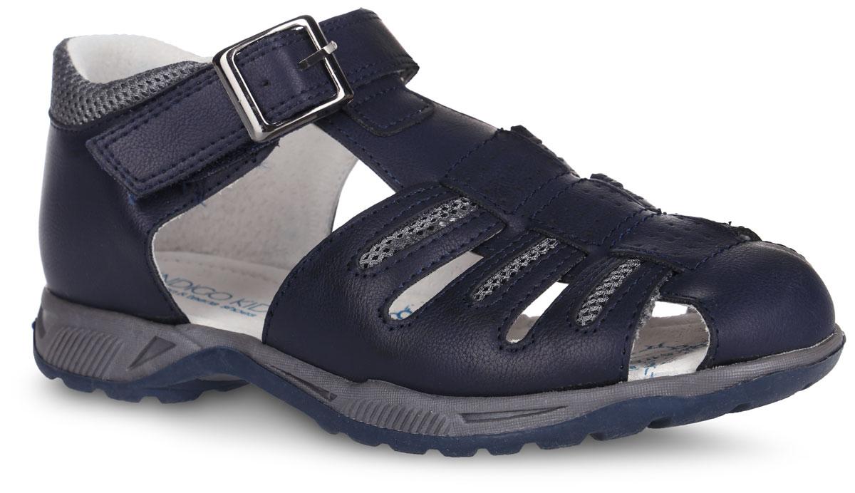 Сандалии20-234A/12Модные сандалии от Indigo Kids придутся по душе вашему мальчику. Модель, изготовленная из искусственной кожи, дополнена вставками из текстиля и оформлена контрастной прострочкой. Ремешок с застежкой-липучкой, оформленный металлической пряжкой, обеспечивает надежную фиксацию модели на ноге. Внутренняя поверхность из натуральной кожи не натирает. Стелька из натуральной кожи дополнена супинатором, который обеспечивает правильное положение стопы ребенка при ходьбе и предотвращает плоскостопие. Подошва с рифлением обеспечивает сцепление с любой поверхностью. Стильные сандалии - незаменимая вещь в гардеробе каждого мальчика!