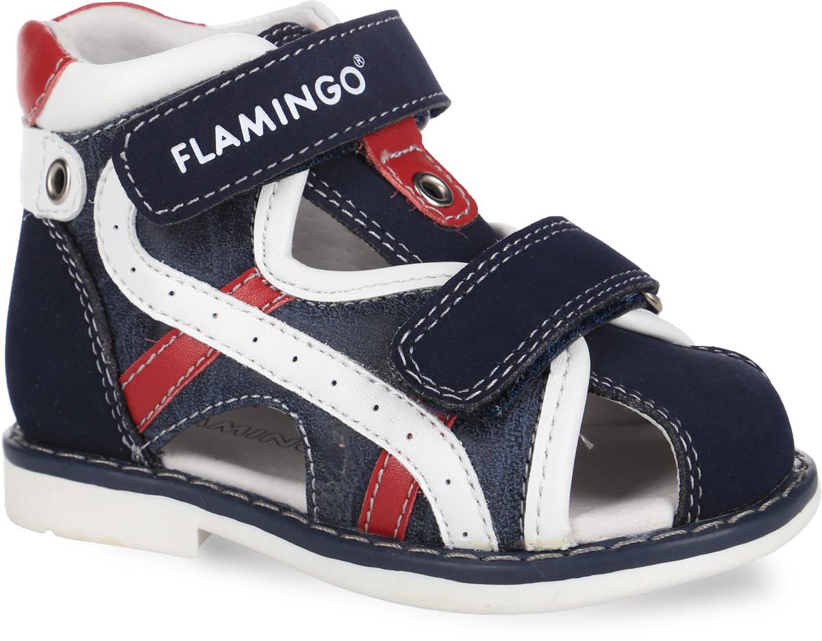 Сандалии для мальчика. 61-XS16061-XS160Стильные сандалии от Flamingo придутся по душе вашему мальчику! Модель выполнена из искусственной кожи. Обувь оформлена декоративной прострочкой, контрастными нашивками, металлической фурнитурой и люверсами, на ремешке - тисненым названием бренда. Вдоль ранта изделие оформлено крупной прострочкой. Полужесткий закрытый задник и два ремешка на застежках-липучках отвечают за надежную фиксацию модели на ноге. Мягкая стелька из ЭВА материала с поверхностью из натуральной кожи дополнена супинатором с перфорацией, который гарантирует правильное положение ноги ребенка при ходьбе и предотвращает плоскостопие. Подошва с рифлением обеспечивает идеальное сцепление с любыми поверхностями. Широкий, устойчивый каблук продлен с внутренней стороны до середины стопы, чтобы исключить заваливание стопы вовнутрь. Удобные сандалии - необходимая вещь в гардеробе каждого ребенка.