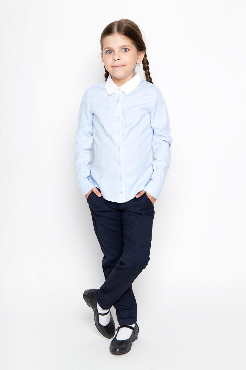 Рубашка для девочки. B-612/013-6311B-612/013-6311Стильная приталенная рубашка для девочки Sela идеально подойдет вашей дочурке. Изготовленная из натурального высококачественного хлопка, она мягкая и приятная на ощупь, не сковывает движения и позволяет коже дышать, обеспечивая наибольший комфорт. Рубашка с длинными рукавами и отложным воротничком застегивается на пластиковые пуговицы по всей длине, рукава также дополнены манжетами на пуговицах. Изделие оформлено принтом в микрополоску. Современный дизайн и расцветка делают эту рубашку стильным предметом детского гардероба. Модель можно носить как с джинсами, так и с классическими брюками.
