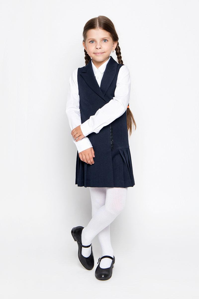 64126_OLG,вариант 1Классический сарафан для девочки Orby School идеально подойдет вашей малышке. Сарафан выполнен из эластичного полиэстера с добавлением вискозы, он необычайно мягкий и эластичный, не сковывает движения малышки, великолепно отводит влагу от тела и не раздражает даже самую нежную и чувствительную кожу ребенка, обеспечивая наибольший комфорт. Сарафан без рукавов средней длины имеет воротник с лацканами и застегивается на пуговицу и застежку-молнию спереди. Пришивная юбка изделия оформлена перманентными широкими складками. Оригинальный современный дизайн и строгая расцветка делают этот сарафан великолепным дополнением школьного гардероба. В нем ваша малышка будет чувствовать себя уютно и комфортно и всегда будет в центре внимания!