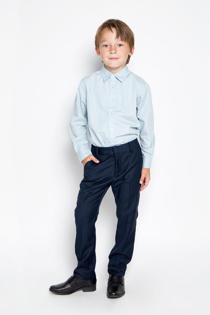 Брюки для мальчика. P-815/287-6311P-815/287-6311Удобные брюки для мальчика Sela идеально подойдут вашему маленькому моднику. Изготовленные из высококачественного полиэстера с добавлением вискозы, они мягкие и приятные на ощупь, не сковывают движения, сохраняют тепло и позволяют коже дышать, обеспечивая наибольший комфорт. Прямые брюки застегиваются на ширинку на застежке-молнии, на пуговицу и крючок на поясе, имеются шлевки для ремня. С внутренней стороны пояс регулируется эластичной резинкой с пуговицами. Модель дополнена двумя втачными карманами спереди, а также двумя втачными карманами сзади. Практичные и стильные брюки идеально подойдут вашему малышу, а модная расцветка и высококачественный материал позволят ему комфортно чувствовать себя в течение дня!