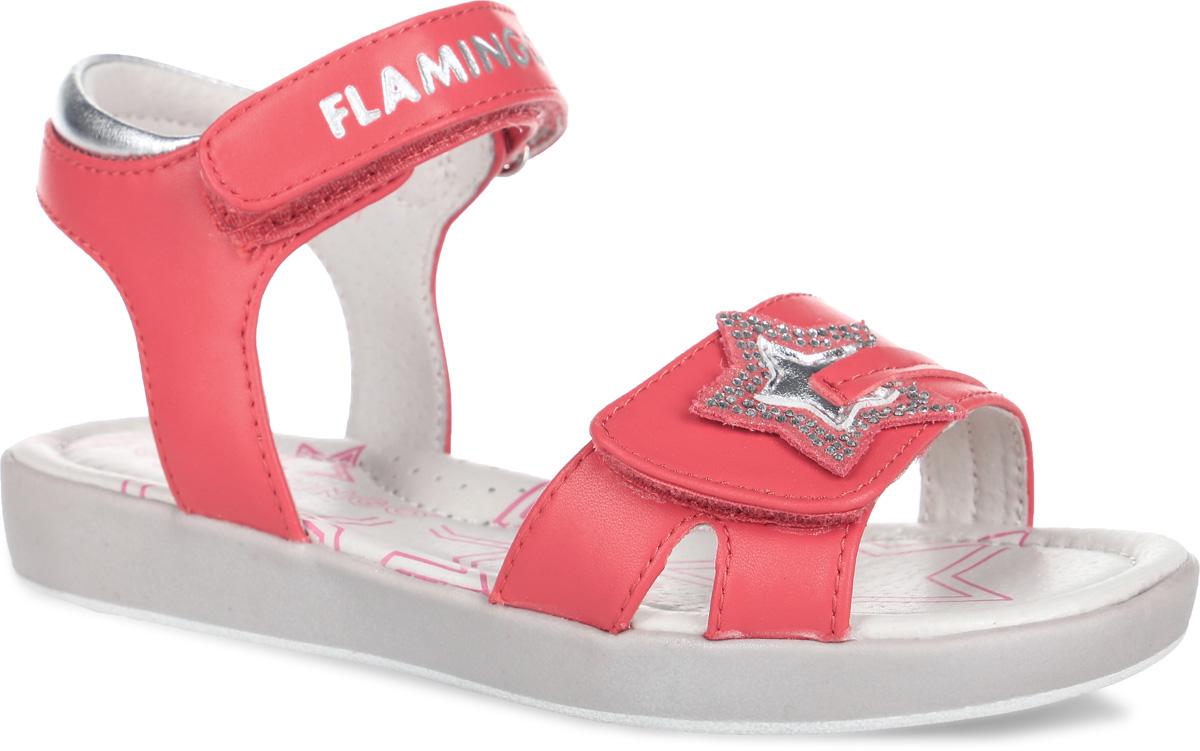 Босоножки для девочки. 61-QS61-QS125Чудесные босоножки от Flamingo придутся по душе вашей девочке. Модель выполнена из искусственной и натуральной кожи. Внутренняя часть и стелька изготовлены из натуральной кожи. Стелька дополнена небольшим супинатором, который обеспечивает правильное положение ноги ребенка при ходьбе, предотвращает плоскостопие. Ремешки с застежками-липучками прочно закрепят модель на ножке. Они декорированы накладкой в виде звездочки со стразами и надписью Flamingo. Подошва оснащена рифлением для лучшего сцепления с различными поверхностями. Практичные и стильные босоножки займут достойное место в гардеробе вашей малышки.