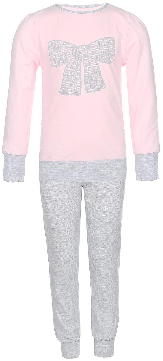ПижамаN9005217A-9/N9005217B-9Пижама для девочки Baykar, выполненная из мягкого эластичного хлопка, идеально подойдет маленькой принцессе для сна и отдыха. Материал приятный к телу, не стесняет движений, хорошо пропускает воздух. Пижама состоит из футболки с длинным рукавом и брюк. Футболка с длинными рукавами и круглым вырезом горловины украшена изображением кружевного бантика. Вырез горловины оформлен эластичной бейкой. На рукавах имеются широкие манжеты. Брюки имеют на талии мягкую широкую резинку, благодаря чему они не сдавливают животик ребенка и не сползают. На брючинах предусмотрены широкие манжеты. Высокое качество исполнения и дизайн принесут удовольствие от покупки и подарят отличное настроение!