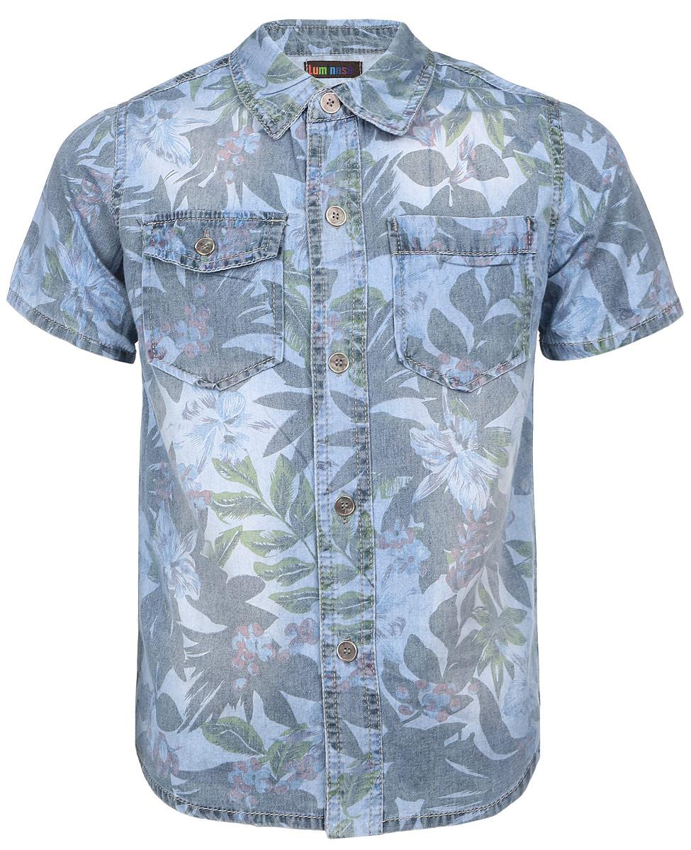 Рубашка для мальчика. 196735196735Рубашка для мальчика Luminoso станет стильным дополнением к детскому гардеробу. Она выполнена из натурального хлопка, мягкая и приятная на ощупь, не сковывает движения и позволяет коже дышать, обеспечивая наибольший комфорт. Рубашка с отложным воротником и короткими рукавами застегивается на пуговицы по всей длине. Спереди расположены два накладных кармашка, один из которых с клапаном на пуговице. Изделие оформлено растительным принтом по всей поверхности. Дизайн и расцветка делают эту модель модным предметом детской одежды. В такой рубашке юный модник всегда будет в центре внимания!