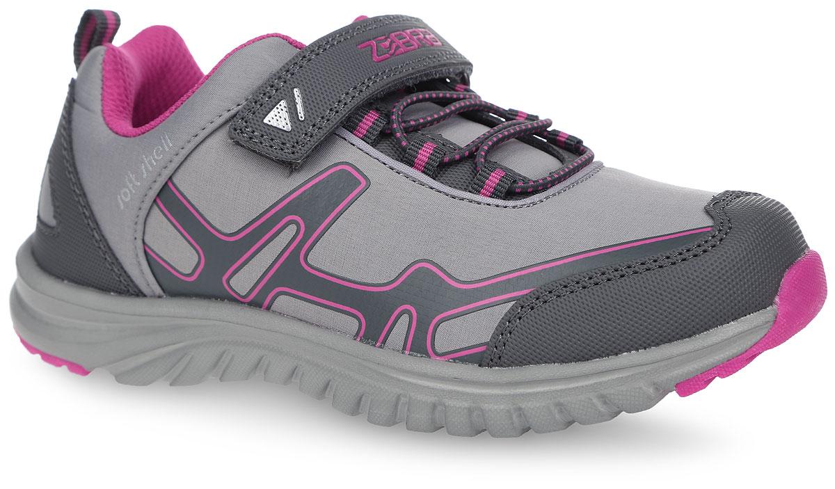 Кроссовки10167-10Очаровательные кроссовки от Зебра приведут в восторг вашу малышку! Модель выполнена из текстиля со вставками из искусственной кожи и оформлена на ремешке надписью с названием бренда. Ремешок на застежке-липучке, пропущенный через шлевку на подъеме, надежно зафиксирует ногу. Ярлычок на заднике облегчает надевание обуви. Стелька способствует правильному формированию скелета и анатомических сводов детской стопы, правильной установке пятке ребенка. Снижает общую утомляемость ног, делает ходьбу ребенка легкой, приятной и комфортной. Рифление на подошве гарантирует отличное сцепление с любыми поверхностями. Эффектные кроссовки приведут в восторг вашу маленькую модницу!