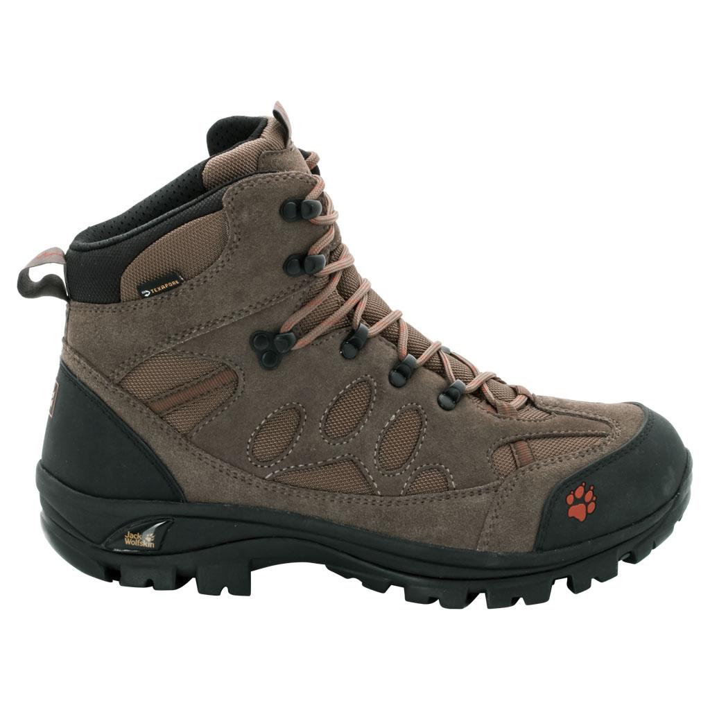 Ботинки трекинговые мужские All Terrain 7 Texapore Mid M. 4017871-37204017871-3720Классические водостойкие трекинговые ботинки. Воплощают все качества, необходимые в многодневных трекинг-походах: вот уже несколько лет водостойкие ботинки ALL TERRAIN привлекают повышенной комфортностью, хорошими характеристиками переката и мощной амортизацией. Мы постоянно совершенствовали эти классические трекинговые ботинки, добиваясь их соответствия вашим высочайшим требованиям. Седьмая версия оснащена шероховатой, жесткой на кручение и легкой подошвой Vibram (Вибрам), а также голенищем из замши для максимальной стабильности. Расположенная снизу мембрана TEXAPORE (ТЕКСАПОР) гарантирует надежную защиту от влаги. Рекомендуем надевать ALL TERRAIN как в однодневные, так и в многодневные походы.