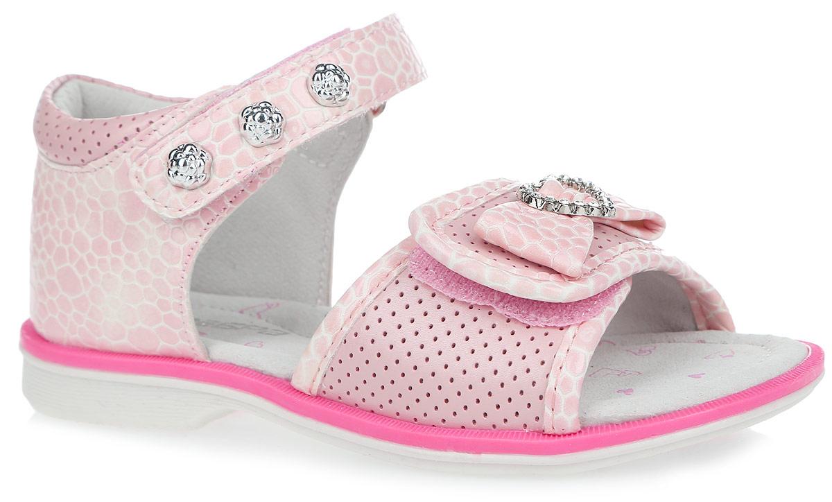 Сандалии для девочки. 10580-910580-9Чудесные сандалии от Зебра придутся по душе вашей девочке. Модель изготовлена из искусственной кожи с тиснением под кожу рептилии. Стелька дополнена небольшим супинатором, который обеспечивает правильное положение ноги ребенка при ходьбе, предотвращает плоскостопие. Полужесткий закрытый задник и ремешки с застежками-липучками прочно закрепят модель на ножке. Верхний ремешок украшен декоративными кнопками, нижний - вставкой с перфорацией и аппликацией в виде сердечка из страз и бантика. Подошва выполнена из гибкого, не скользящего материала, устойчивого к истиранию и перепадам температур. Практичные и стильные сандалии займут достойное место в гардеробе вашей малышки.
