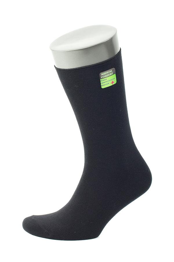 НоскиMS057Мужские носки Uomo Fiero изготовлены из высококачественного эластичного хлопка с добавлением полиамида. Носки с классическим паголенком дополнены эластичной резинкой, которая надежно фиксирует носки на ноге.