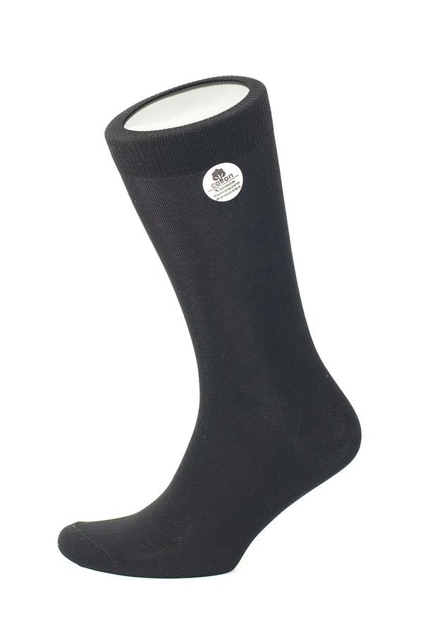 MS025Мужские носки Uomo Fiero, изготовленные из высококачественного хлопка с добавлением эластана. Эластичная резинка плотно облегает ногу, не сдавливая ее, обеспечивая комфорт и удобство. Носки обладают повышенной прочностью, не подвержены усадке. Модель с классическим паголенком.