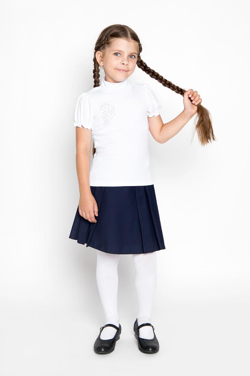 AW5561A-1/AW5561B-1Водолазка для девочки M&D идеально подойдет вашей маленькой принцессе. Изготовленная из натурального хлопка, она мягкая и приятная на ощупь, не раздражает нежную кожу ребенка и хорошо вентилируется, а эластичные швы приятны телу ребенка и не препятствуют его движениям. Водолазка с короткими рукавами-фонариками и воротником-стойкой оформлена изящным узором на груди, декорированным стразами. Воротник выполнен из трикотажной эластичной резинки. Рукава дополнены эластичной резинкой с внутренней стороны, образующей волнистый край. Современный дизайн и расцветка делают эту водолазку модным и стильным предметом детской одежды. В ней маленькой моднице будет комфортно и уютно!
