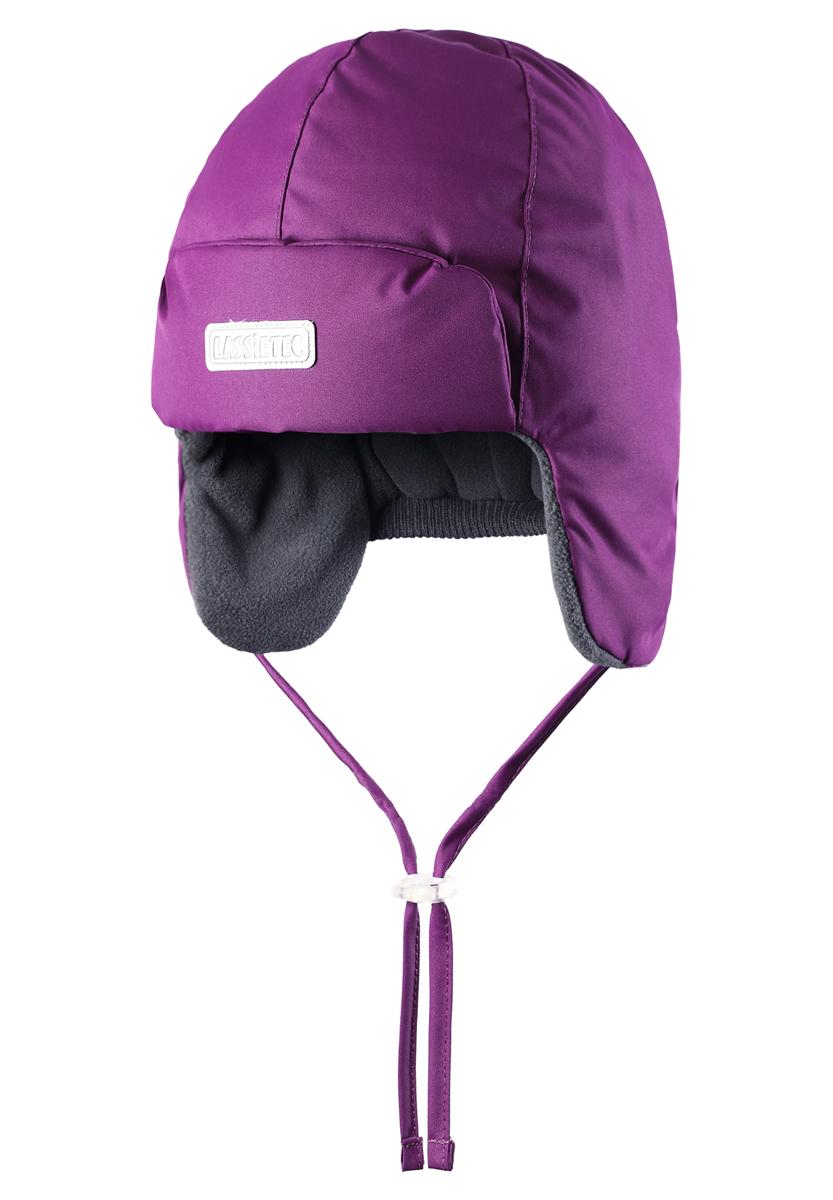 Шапка детская718691-3380Встречайте зиму в этой теплой шапке для малышей! Мягкая флисовая подкладка очень приятна на ощупь, а благодаря водонепроницаемому, ветронепроницаемому и дышащему материалу шапка абсолютно непромокаемая. Светоотражающая эмблема Lassie спереди позволяет лучше разглядеть ребенка после того, как стемнеет.