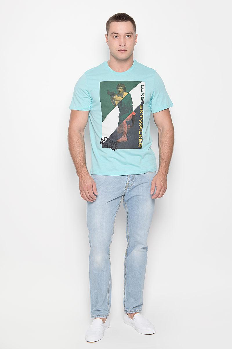 Футболка42956Оригинальная мужская футболка RHS Star Wars, выполненная из высококачественного хлопка, обладает высокой теплопроводностью, воздухопроницаемостью и гигроскопичностью, позволяет коже дышать. Модель с короткими рукавами и круглым вырезом горловины, оформлена принтом спереди на тему культовой фантастической саги Звездные войны. Горловина дополнена эластичной трикотажной резинкой. Идеальный вариант для тех, кто ценит комфорт и качество.