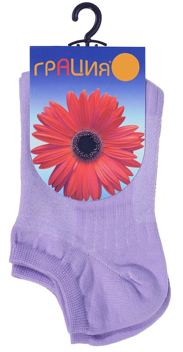Носки женские. М 1405М 1405Удобные женские носки Грация, изготовленные из высококачественного комбинированного материала, очень мягкие и приятные на ощупь, позволяют коже дышать. Эластичная резинка плотно облегает ногу, не сдавливая ее, обеспечивая комфорт и удобство. Носки с укороченным паголенком оформлены рельефными полосками. Удобные и комфортные носки великолепно подойдут к любой вашей обуви.