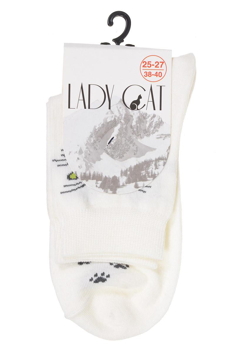 НоскиМ 3402Женские носки Lady Cat изготовлены из тонкой шерсти с добавлением полиамида и лайкры. Материал мягкий и приятный на ощупь, хорошо пропускает воздух. Эластичная резинка мягко облегает ногу, обеспечивая комфорт при носке. Изделие оформлено изображением мордочки кошки. Теплые и удобные носки станут отличным дополнением к вашему гардеробу!