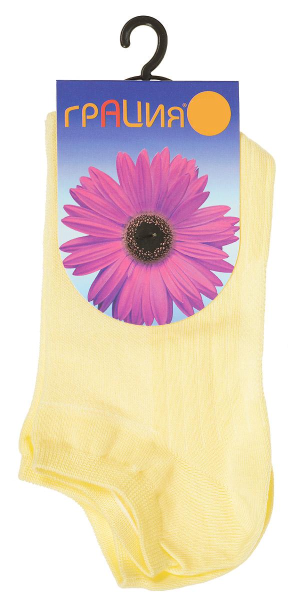 М 1405Удобные женские носки Грация, изготовленные из высококачественного комбинированного материала, очень мягкие и приятные на ощупь, позволяют коже дышать. Эластичная резинка плотно облегает ногу, не сдавливая ее, обеспечивая комфорт и удобство. Носки с укороченным паголенком оформлены рельефными полосками. Удобные и комфортные носки великолепно подойдут к любой вашей обуви.