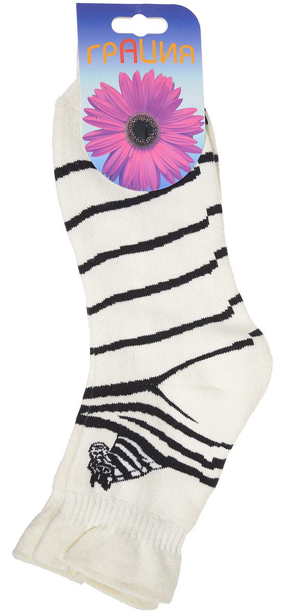 М 1063Женские теплые носки Грация, изготовленные из высококачественного комбинированного материала, очень мягкие и приятные на ощупь, позволяют коже дышать. Эластичная, резинка плотно облегает ногу, не сдавливая ее, обеспечивая комфорт и удобство. Махровые носки со стандартным паголенком оформлены принтом в полоску и рисунком в виде зебры. Удобные и комфортные носки великолепно подойдут к любой вашей обуви.