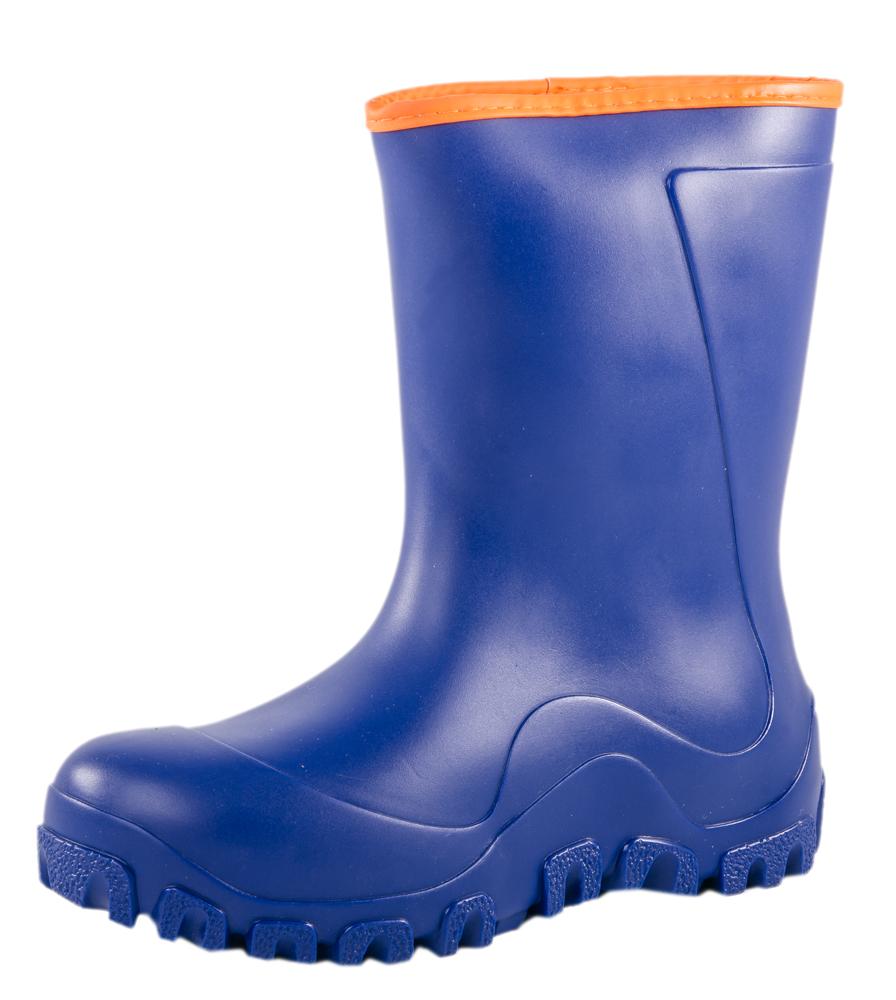 Сапоги резиновые для мальчика. 766033-62766033-62Резиновые сапожки для школьников-подростков позволят ногам Вашего ребенка оставаться сухими в дождливую погоду! Отсутствие застежки позволяет удобно и быстро обувать и снимать их.