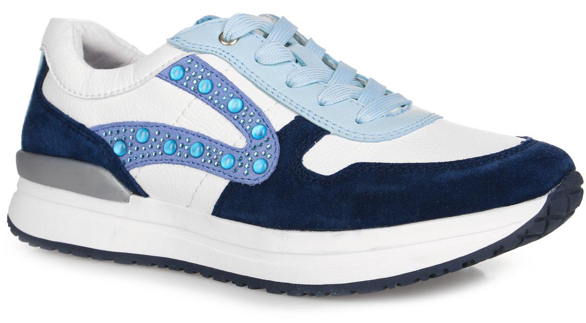 Кроссовки для девочки. 24364-124364-1Яркие кроссовки от Kapika придутся по душе вашей девочке. Модель, выполненная из натуральной и искусственной кожи, оформлена цветными вставками и стразами на тыльной стороне. Язычок украшен фирменной нашивкой. Шнуровка обеспечивает надежную фиксацию обуви на ноге. Подкладка и стелька из натуральной кожи обеспечивают комфорт и предотвращают натирание. Стелька дополнена супинатором с перфорацией, который обеспечивает максимальную устойчивость ноги при ходьбе, правильное формирование стопы и снижение общей утомляемости ног. Подошва с рифлением гарантирует идеальное сцепление с любой поверхностью. Стильные кроссовки - незаменимая вещь в гардеробе каждой девочки!