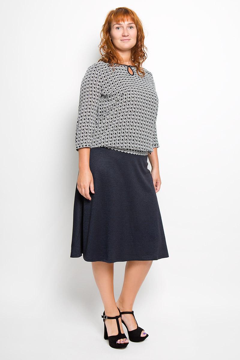 БлузкаA16-11060_200Стильная женская блуза Finn Flare, выполненная из 100% вискозы, подчеркнет ваш уникальный стиль и поможет создать оригинальный женственный образ. Блузка с рукавами 3/4 и круглым вырезом горловины застегивается на пуговицу сзади. Манжеты рукавов также застегиваются на пуговицы. Модель оформлена оригинальным геометрическим принтом в виде переплетающихся линий. Такая блузка идеально подойдет для жарких летних дней. Эта блузка будет дарить вам комфорт в течение всего дня и послужит замечательным дополнением к вашему гардеробу.