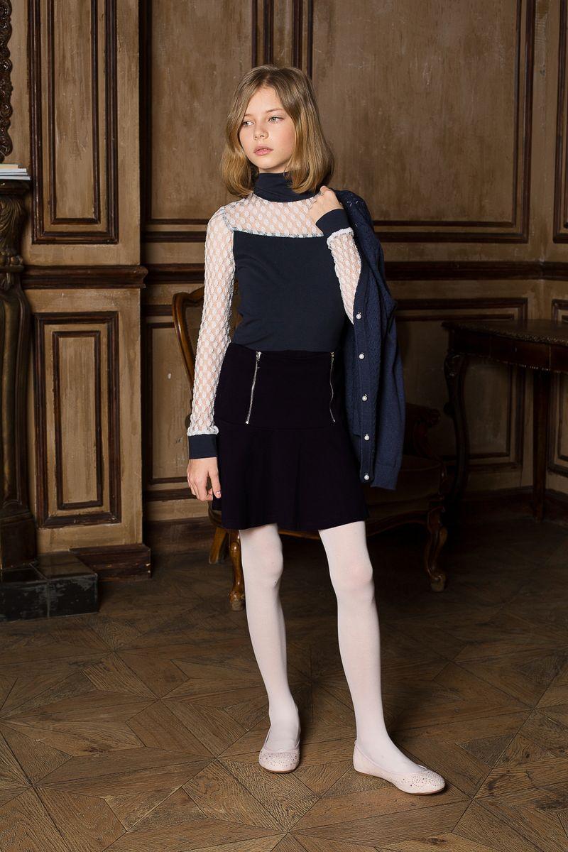 205641Трикотажная юбка на кокетке из качественного натурального трикотажа, декорированная функциональными молниями.