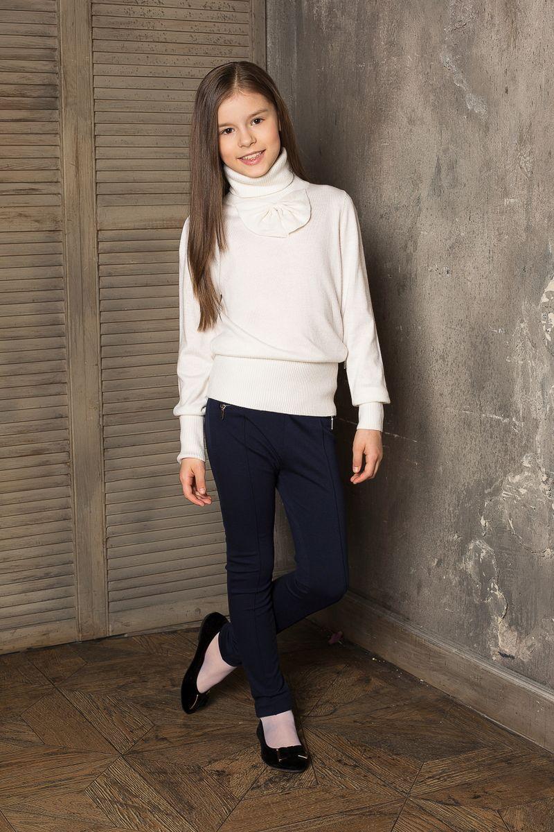 Брюки для девочки. 205649205649Стильные брюки прямого покроя с декоративными рельефными стрелками и молниям. Модель выполнена из эластичного трикотажа высокого качества.