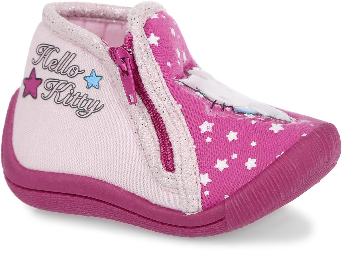 HK002819Прелестные тапки Hello Kitty от Mursu приведут в восторг вашу маленькую модницу! Модель, выполненная из текстиля, оформлена окантовкой с блестящими вкраплениями, сбоку - принтовой надписью Hello Kitty, на мысе - звездочками и аппликацией из ПВХ с изображением героини мультфильма. Застежка-молния с одной из боковых сторон гарантирует надежную фиксацию модели на ноге. Подкладка из хлопка и стелька из материала ЭВА с поверхностью из хлопка обеспечат ножкам ребенка комфорт. Рифление на подошве гарантирует идеальное сцепление с любой поверхностью. Подошва с наплывом на пяточную часть защитит ножку от ударов. Такие тапки идеально подойдут в качестве сменной обуви, как для дома, так и для детского сада.
