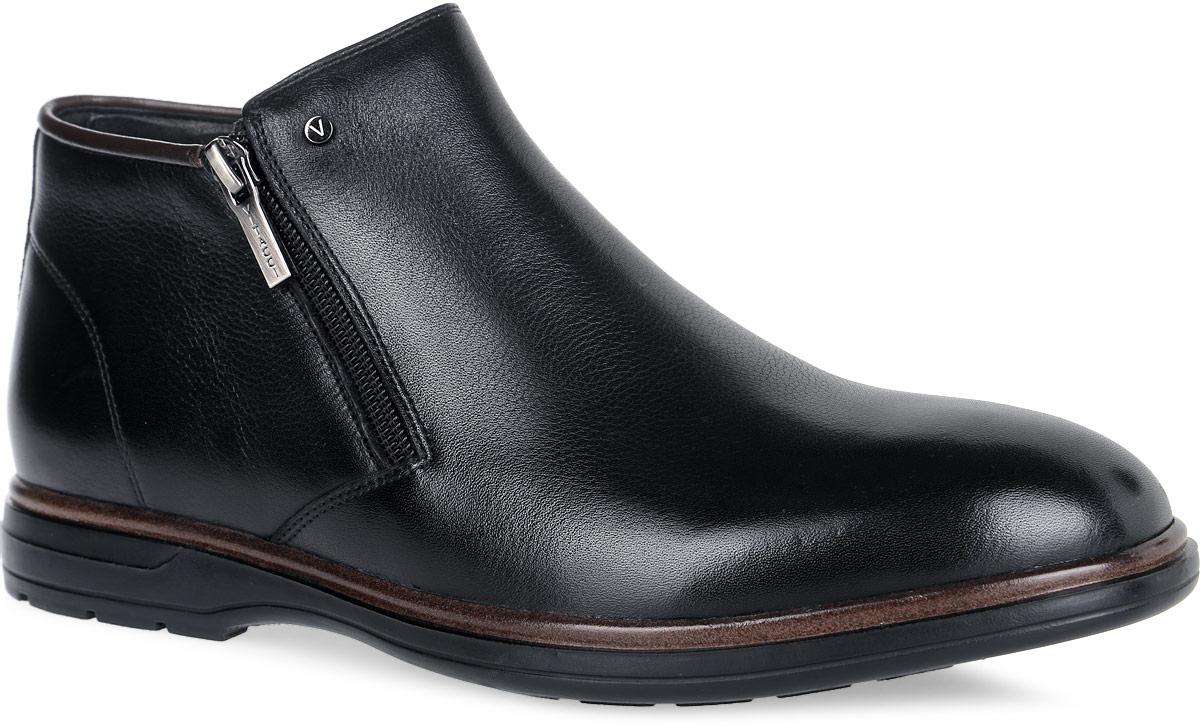 Ботинки мужские. M24122M24122Классические мужские ботинки от Vitacci покорят вас своим удобством. Модель выполнена из натуральной кожи. Ботинки застегиваются при помощи застежек-молний, расположенных по бокам. Подошва с протектором обеспечивает отличное сцепление с любой поверхностью. Стильные и удобные ботинки прекрасно впишутся в ваш гардероб.