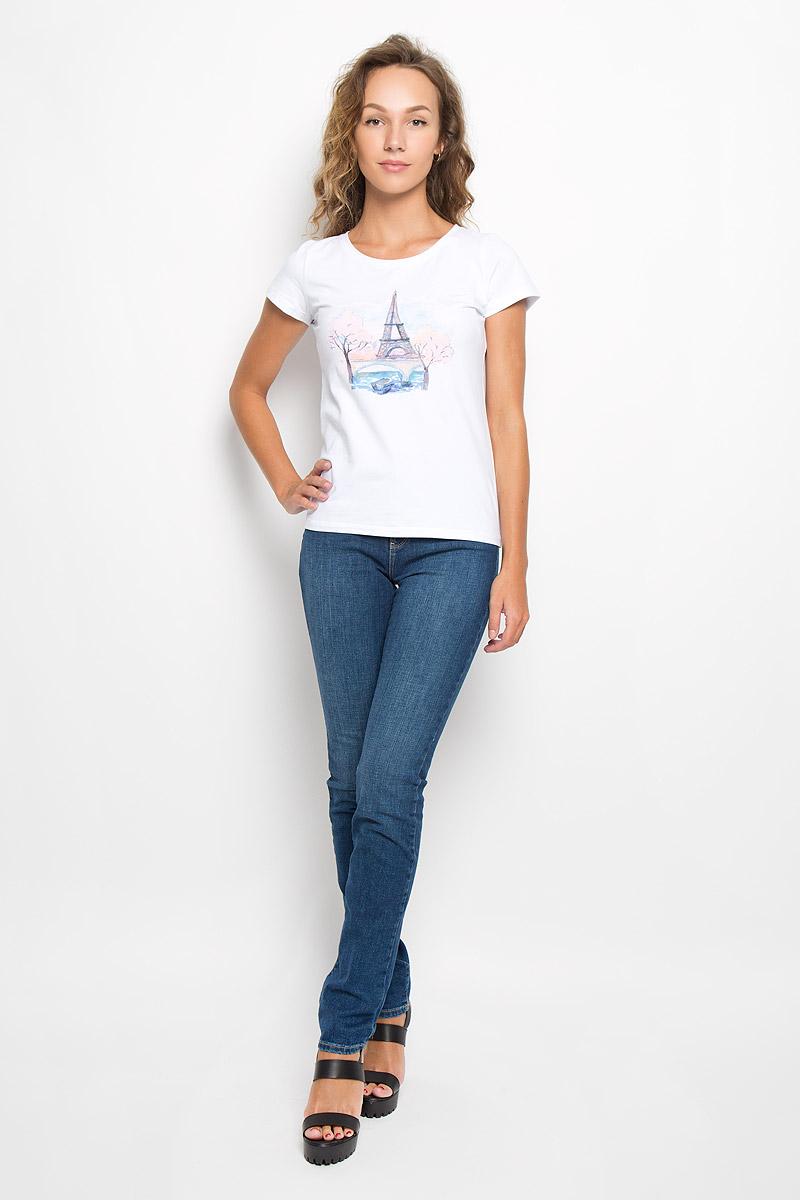 ДжинсыW27G9179HСтильные женские джинсы Wrangler - отличная модель на каждый день, которая прекрасно подчеркнет вашу фигуру. Изделие изготовлено из высококачественного материала. Модель-слим с завышенной талией станет отличным дополнением к вашему современному образу. Застегиваются джинсы на металлическую пуговицу в поясе и ширинку на застежке-молнии, имеются шлевки для ремня. Спереди модель дополнена двумя втачными карманами с закругленными краями и небольшим секретным кармашком, а сзади - двумя накладными карманами. Модель оформлена контрастной прострочкой, металлическими клепками и фирменной нашивкой сзади. Эти эффектные и в то же время комфортные джинсы послужат превосходным дополнением к вашему гардеробу. В них вы всегда будете чувствовать себя уютно и комфортно.