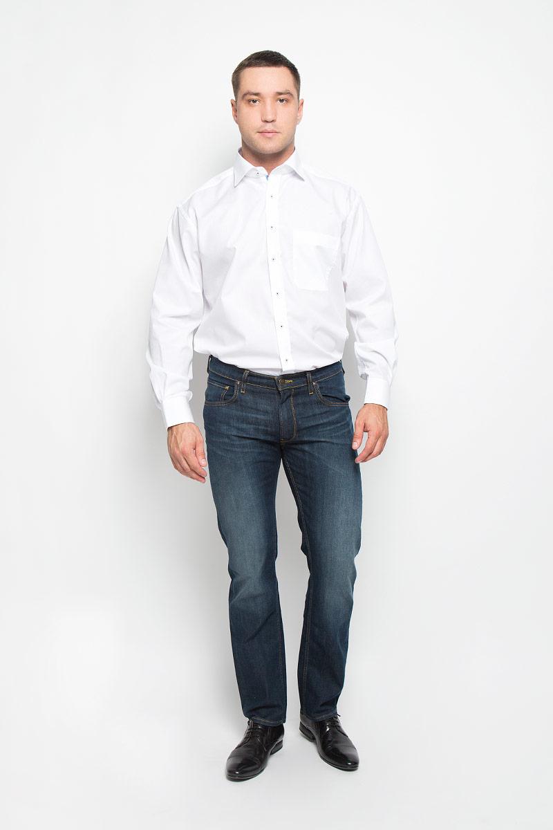 Рубашка мужская. 1142_00_E187_39-461142_00_E187_39-46Стильная мужская рубашка Eterna, выполненная из натурального хлопка подчеркнет ваш уникальный стиль и поможет создать оригинальный образ. Такой материал великолепно пропускает воздух, обеспечивая необходимую вентиляцию, а также обладает высокой гигроскопичностью. Рубашка с длинными рукавами и отложным воротником застегивается на пуговицы спереди. Манжеты рукавов также застегиваются на пуговицы. Спереди изделие дополнено нагрудным карманом. Классическая рубашка - превосходный вариант для базового мужского гардероба и отличное решение на каждый день. Такая рубашка будет дарить вам комфорт в течение всего дня и послужит замечательным дополнением к вашему гардеробу.