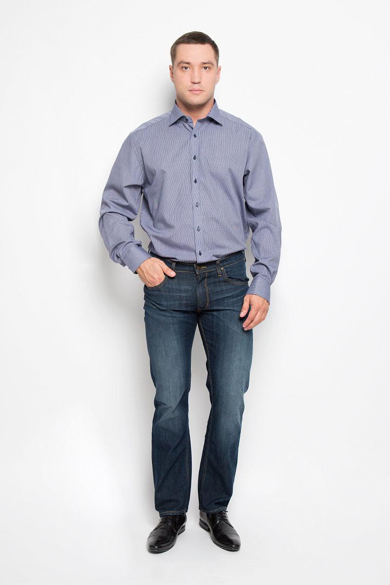4386_18_X177_38-46_68Стильная мужская рубашка Eterna, выполненная из натурального хлопка подчеркнет ваш уникальный стиль и поможет создать оригинальный образ. Такой материал великолепно пропускает воздух, обеспечивая необходимую вентиляцию, а также обладает высокой гигроскопичностью. Рубашка с длинными рукавами и отложным воротником застегивается на пуговицы спереди. Манжеты рукавов также застегиваются на пуговицы. Изделие украшено принтом в микроклетку. Классическая рубашка - превосходный вариант для базового мужского гардероба и отличное решение на каждый день. Такая рубашка будет дарить вам комфорт в течение всего дня и послужит замечательным дополнением к вашему гардеробу.