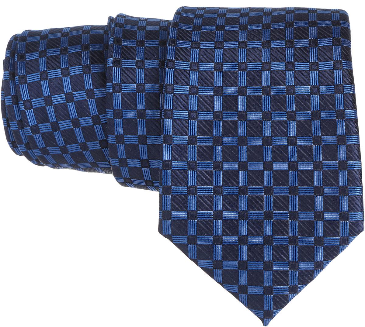 Галстук. 12.01526212.015261Стильный галстук BTC станет отличным завершающим штрихом вашего образа. Этот модный аксессуар порадует вас высоким качеством исполнения и современным дизайном. Изделие полностью выполнено из качественного полиэстера. Галстук оформлен оригинальным принтом. Такой оригинальный галстук подойдет как к повседневному, так и к официальному наряду, он позволит вам подчеркнуть свою индивидуальность и создать свой неповторимый стиль.