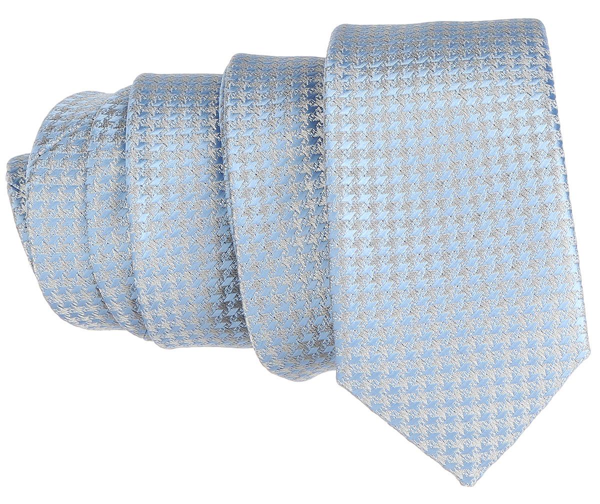 Галстук. 12.01852612.018526Стильный галстук BTC станет отличным завершающим штрихом вашего образа. Этот модный аксессуар порадует вас высоким качеством исполнения и современным дизайном. Изделие полностью выполнено из качественного полиэстера. Галстук оформлен оригинальным принтом. Такой оригинальный галстук подойдет как к повседневному, так и к официальному наряду, он позволит вам подчеркнуть свою индивидуальность и создать свой неповторимый стиль.