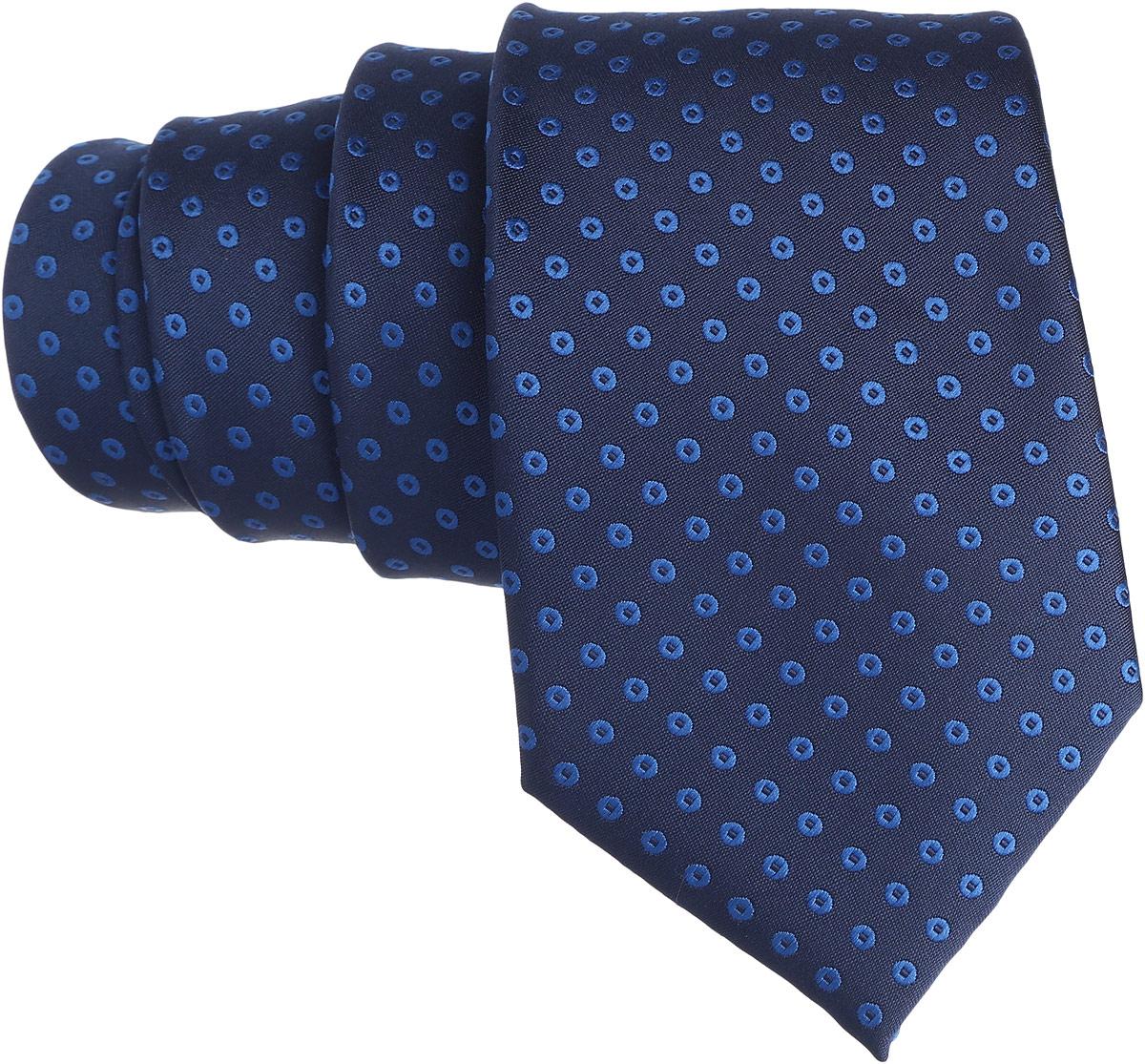 Галстук. 12.01519912.015199Стильный галстук BTC станет отличным завершающим штрихом вашего образа. Этот модный аксессуар порадует вас высоким качеством исполнения и современным дизайном. Изделие полностью выполнено из качественного полиэстера. Галстук оформлен оригинальным принтом. Такой оригинальный галстук подойдет как к повседневному, так и к официальному наряду, он позволит вам подчеркнуть свою индивидуальность и создать свой неповторимый стиль.
