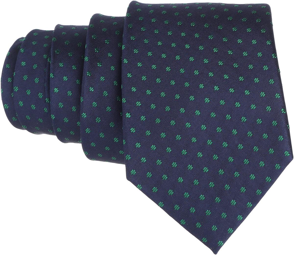 Галстук. 12.01525312.015252Стильный галстук BTC станет отличным завершающим штрихом вашего образа. Этот модный аксессуар порадует вас высоким качеством исполнения и современным дизайном. Изделие полностью выполнено из качественного шелка. Галстук оформлен оригинальным принтом. Такой оригинальный галстук подойдет как к повседневному, так и к официальному наряду, он позволит вам подчеркнуть свою индивидуальность и создать свой неповторимый стиль.