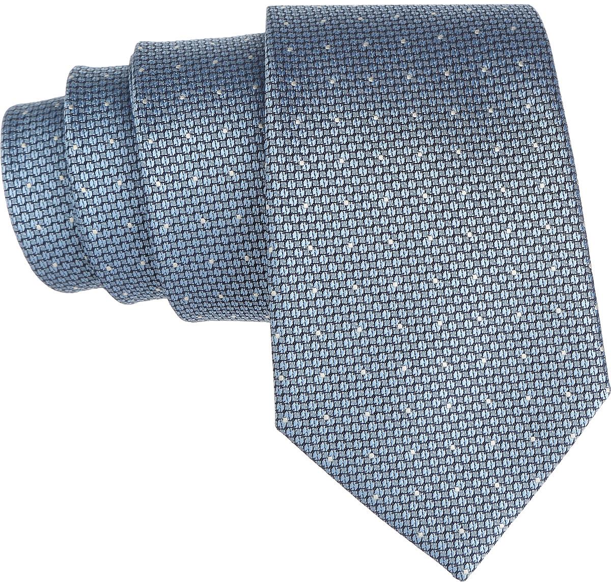 Галстук. 12.01850312.018503Стильный галстук BTC станет отличным завершающим штрихом вашего образа. Этот модный аксессуар порадует вас высоким качеством исполнения и современным дизайном. Изделие полностью выполнено из качественного полиэстера. Галстук оформлен оригинальным принтом. Такой оригинальный галстук подойдет как к повседневному, так и к официальному наряду, он позволит вам подчеркнуть свою индивидуальность и создать свой неповторимый стиль.