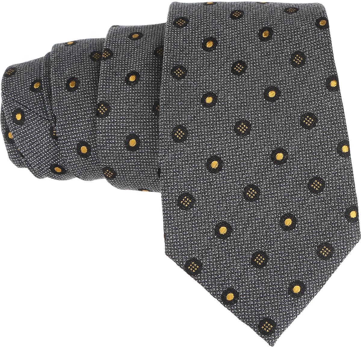 Галстук. 12.01547612.015476Стильный галстук BTC станет отличным завершающим штрихом вашего образа. Этот модный аксессуар порадует вас высоким качеством исполнения и современным дизайном. Изделие полностью выполнено из качественного шелка. Галстук оформлен оригинальным принтом. Такой оригинальный галстук подойдет как к повседневному, так и к официальному наряду, он позволит вам подчеркнуть свою индивидуальность и создать свой неповторимый стиль.