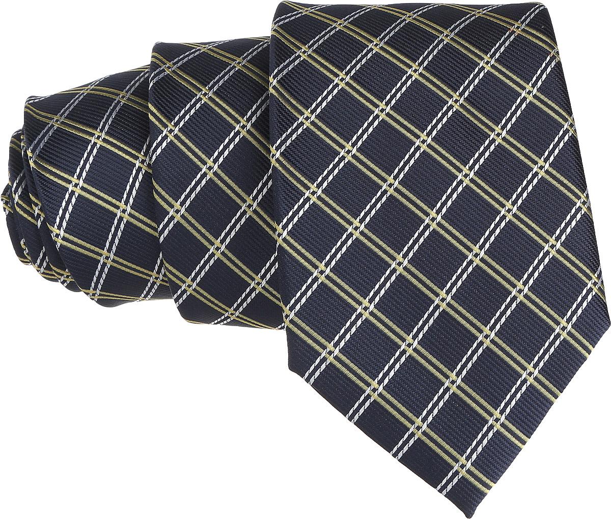 Галстук. 12.01519512.015194Стильный галстук BTC станет отличным завершающим штрихом вашего образа. Этот модный аксессуар порадует вас высоким качеством исполнения и современным дизайном. Изделие полностью выполнено из качественного полиэстера. Галстук оформлен оригинальным принтом. Такой оригинальный галстук подойдет как к повседневному, так и к официальному наряду, он позволит вам подчеркнуть свою индивидуальность и создать свой неповторимый стиль.