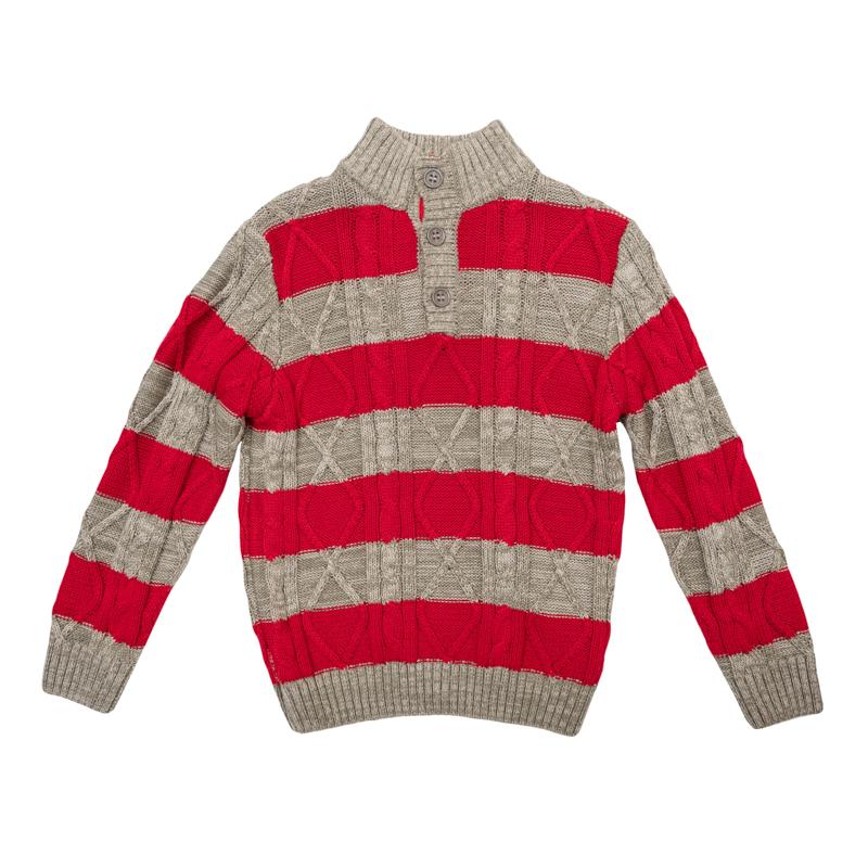 Свитер для мальчиков. 361008361008Уютный свитер с высоким воротником из мягкого вязаного трикотажа. Украшена контрастными красными полосками и фактурной вязкой. Застегивается на 3 пуговицы на воротнике. Рукава и низ на мягкой вязаной резинке.