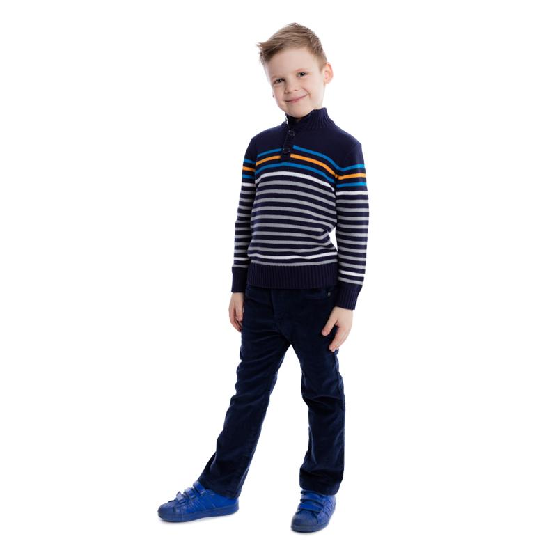 Джемпер361062Уютный джемпер из вязаного трикотажа. Застегиваются на 3 пуговицы на воротнике. Рукава и низ на резинке, высокий воротник защитит от ветра. Украшен яркими полосками.