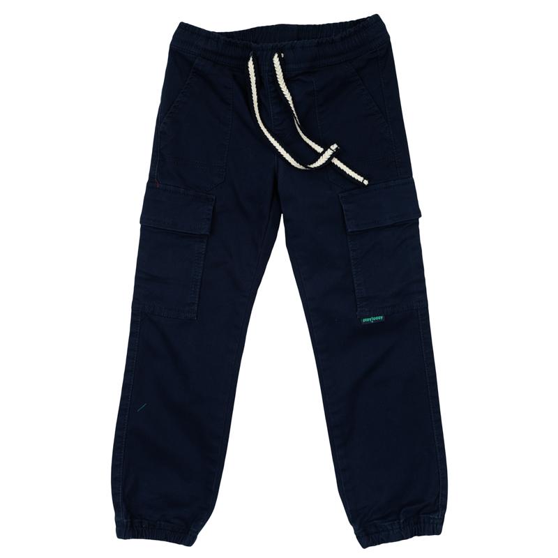 361160Стильные твиловые брюки темно-синего цвета. Пояс на резинке, дополнительно регулируется плетеной тесьмой. Есть 5 функциональных карманов. Низ штанишек на резинке.