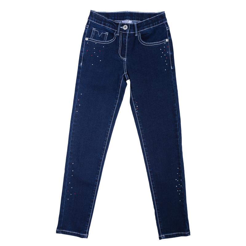 Брюки для девочек. 362011362011Удобные джинсы с контрастной светло-голубой стежкой. Украшены сверкающими стразами. Застегиваются на молнию и пуговицу, есть шлевки для ремня. Классическая пятикарманка.