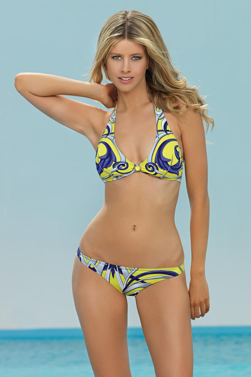 L1514-202Раздельный женский купальник, изготовленный из полиамида с небольшим добавлением эластана. Верх с треугольными мягкими чашечками со съемным корректором, на спине и на шее дополнен завязками. Трусики с заниженной линией талии.