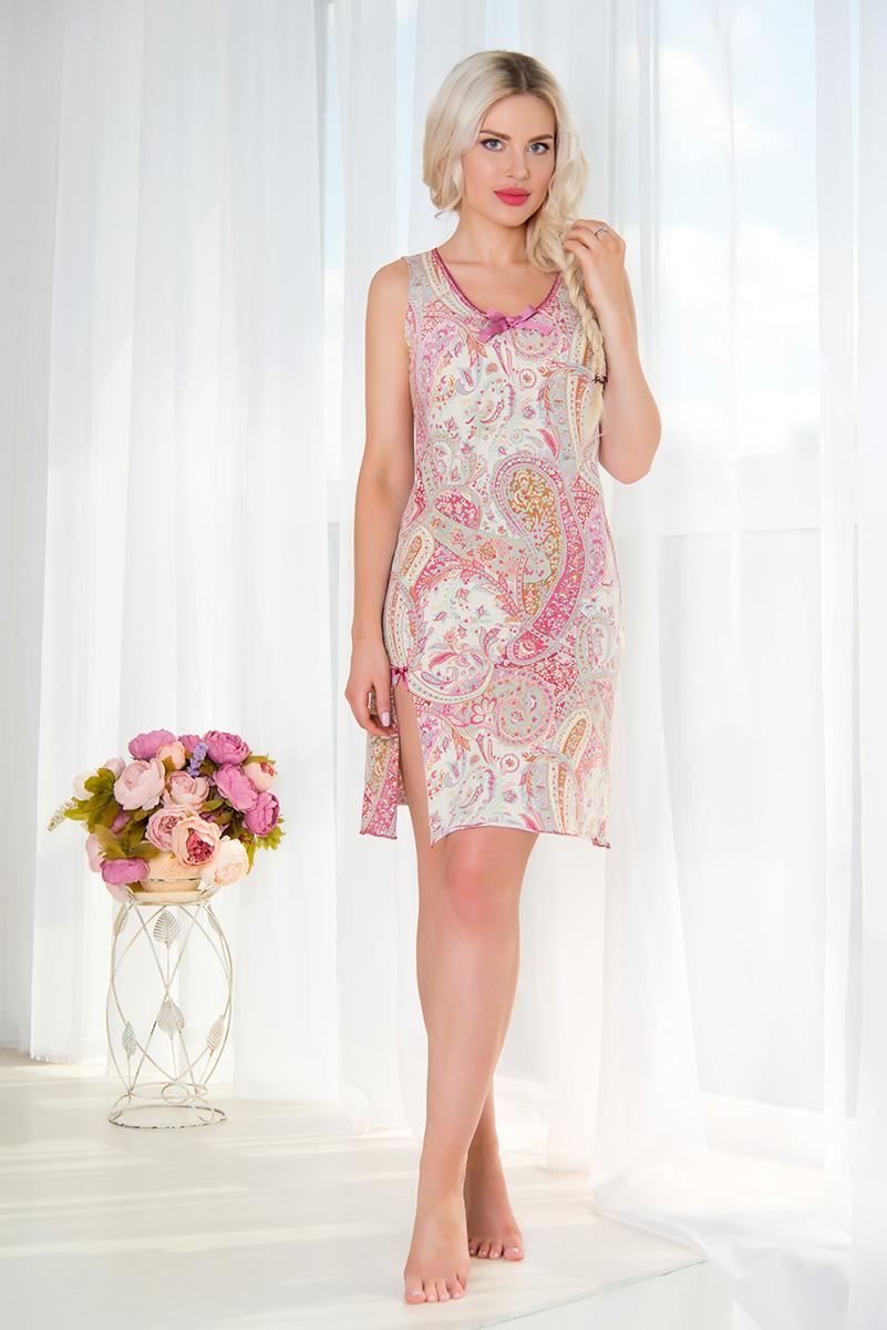 Ночная рубашкаSS16-MCUZ-302Ночная сорочка Mia Cara выполнена из эластичного хлопка. Модель с V-образным вырезом горловины оформлена принтом с узорами. Спинка изделия декорирована вырезом с кружевной вставкой и атласным бантом. Спереди сорочки имеется разрез. Сорочка украшена атласными бантиками.